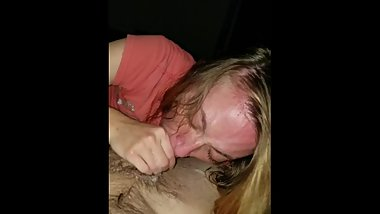 White slut loses her mind over big cock. MUST WATCH