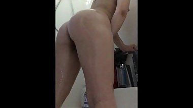 Soapy Orgasm (Intense Orgasm With A Razor)