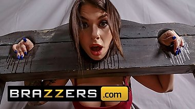 Brazzers - Thicc teen Ivy Lebelle cucks her bf