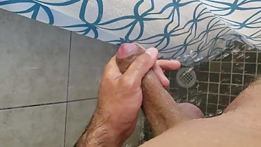 Teen Masturbating Huge Cock in Shower Caught!!!