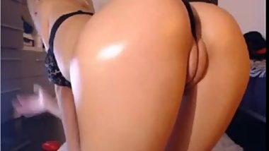 hot wet pussy on webcam and ass fingering live on...
