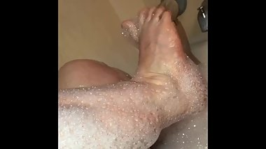 Bath Time Foot Lather