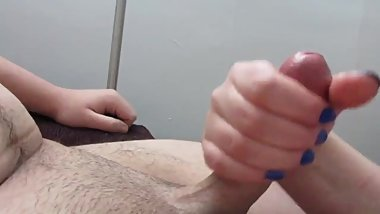 Amateur Teen Close Up Handjob